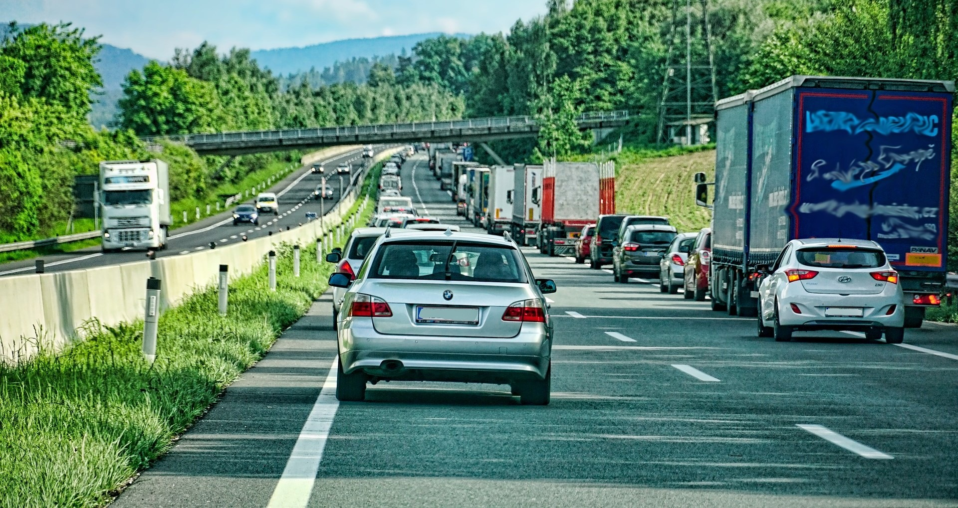 Busy Highway in Concord, New Hampshire - GoodwillCarDonation.org