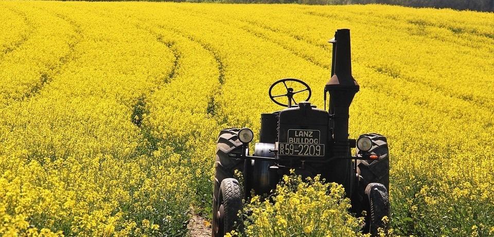 Old Tractor in Austin, Texas - GoodwillCarDonation.org