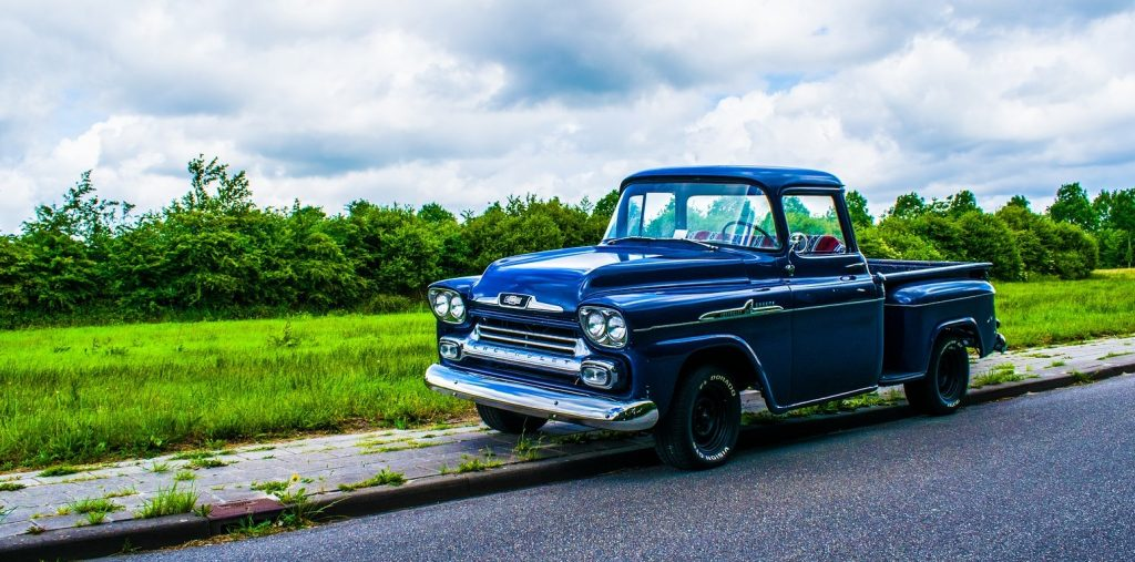 Oldtimer Pick Up Truck on a Highway in Waldorf, Maryland | Goodwill Car Donations