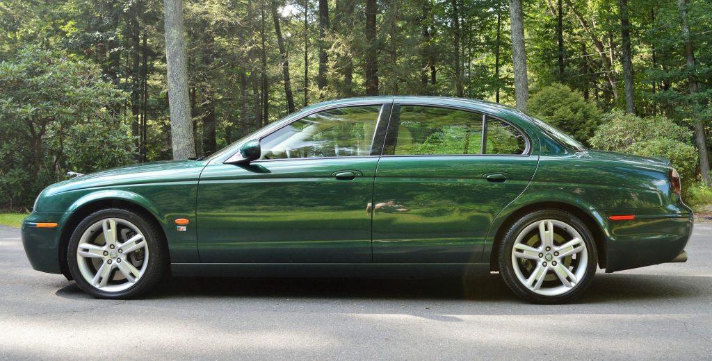 Oldtimer Jaguar in Fogelsville, Pennsylvania | Goodwill Car Donations