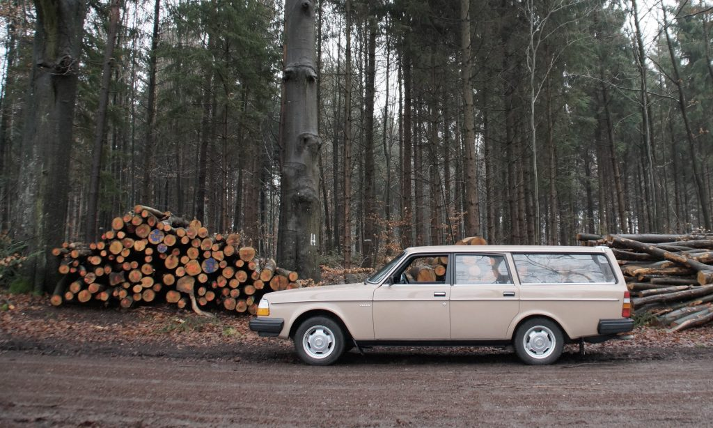 Oldtimer Volvo in Mount Airy, Pennsylvania | Goodwill Car Donations