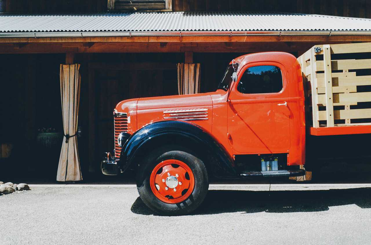 Red Oldtimer Truck | Goodwill Car Donations