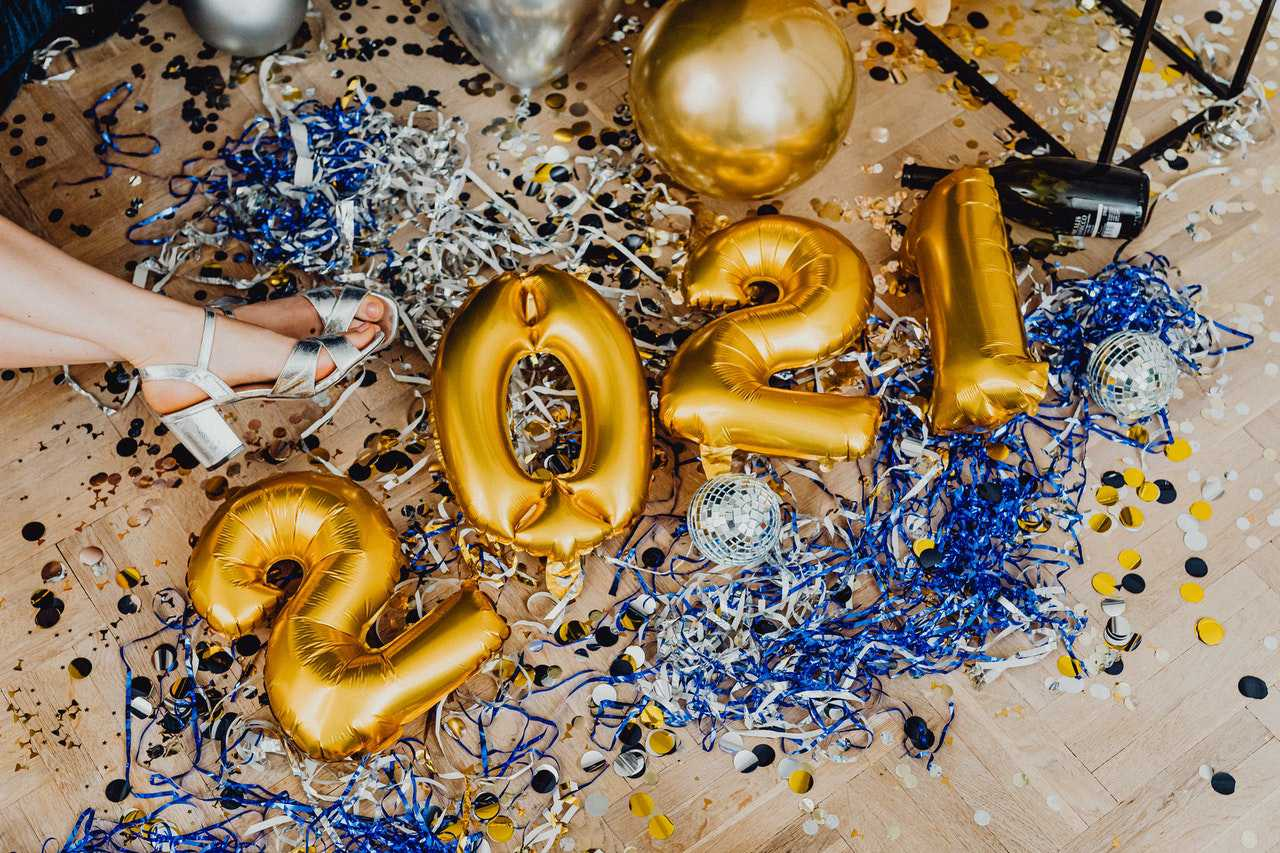 New Year Celebration Decorations | Goodwill Car Donations